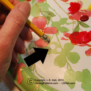 How to paint perfect circles on your fish decoys by Lora Irish