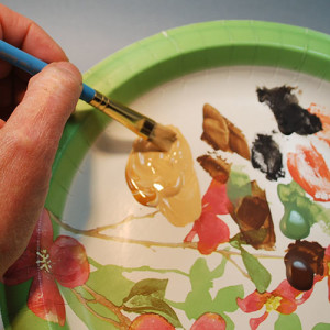 How to use primers when painting your wood carving.