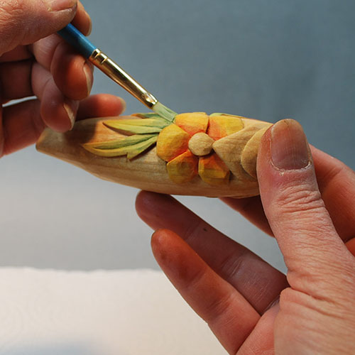 How to paint your wood carving