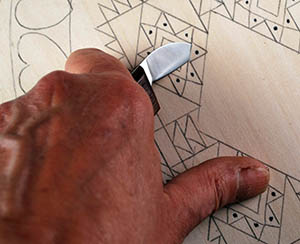 triangle chip carving cut